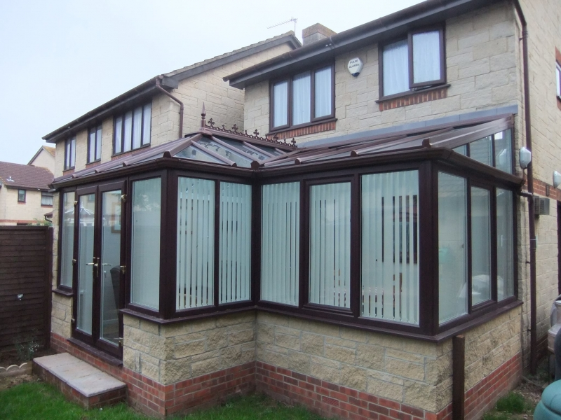 Rosewood L Shaped Conservatory